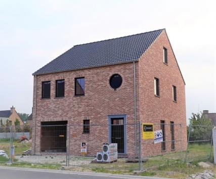 BERLARE Bauteneirshof L09